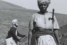 http://schueten.de/files/gimgs/th-10_schueten_südafrika_farmarbeiterin_durban.jpg
