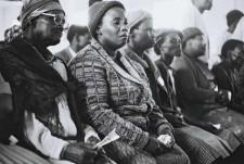 http://schueten.de/files/gimgs/th-10_schueten_südafrika_trauerndefrauen_kapstadt.jpg