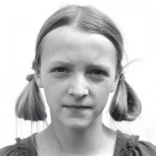 http://schueten.de/files/gimgs/th-12_schueten_portraits_2011_hedda.jpg